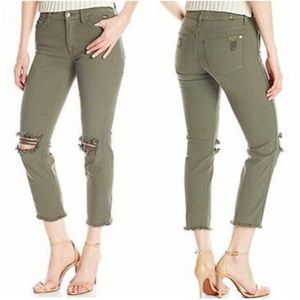 NWOT 7FAM Green Ankle Straight Distressed Jeans